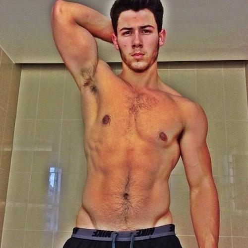 Nick Jonas selfie damiandazz Neil Patrick Harris
